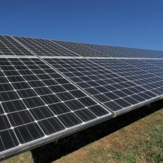 Panoramique sur panneaux solaires